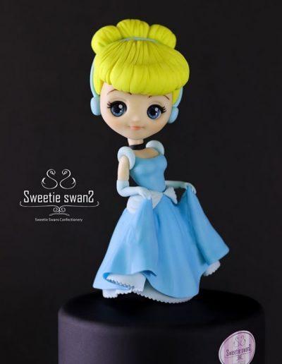 Cinderella-figurine-400x516.jpg